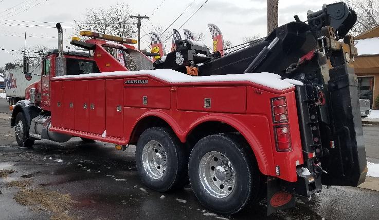 heavy tow trucks big wrecker